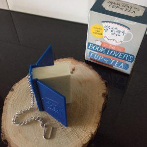 Booklover's tea infuser